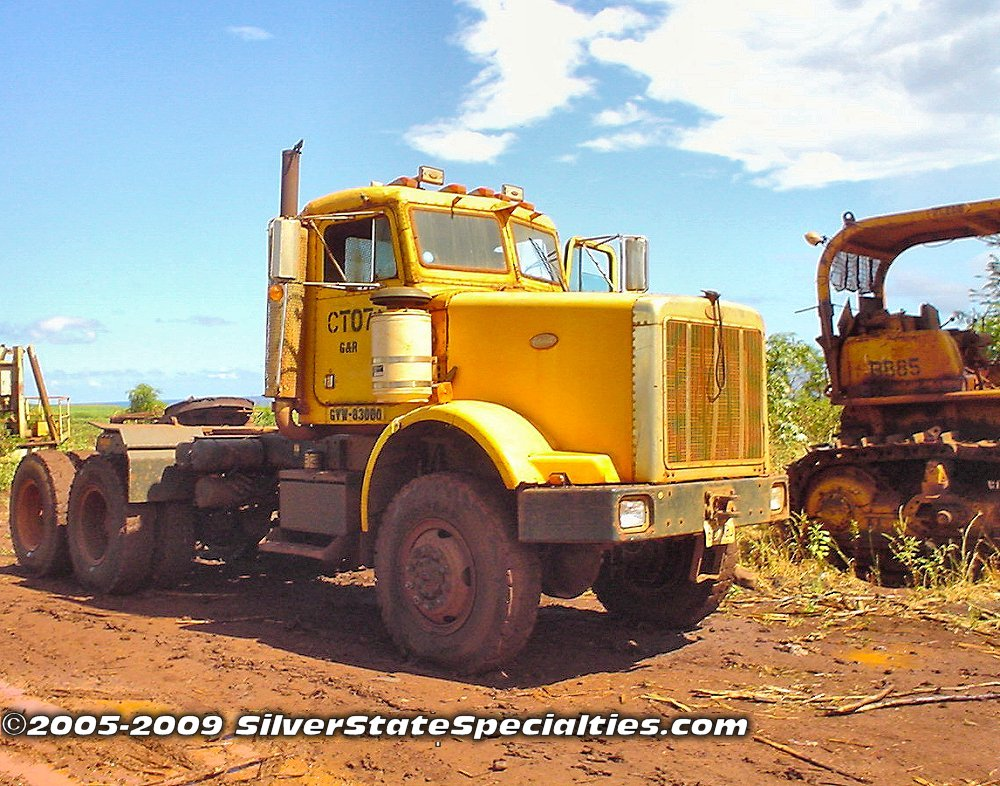 Gay & Robinson Peterbilt 6x6 Tractor (Kauai 2005)